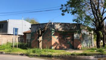 Local en Venta en Berazategui, Buenos Aires, Argentina