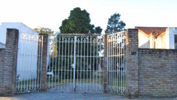 Casa en Venta en Ezpeleta, Quilmes, Buenos Aires, Argentina